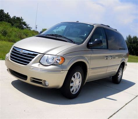 2007 Chrysler Minivan by Find Used 2007 Chrysler Town Country Touring Minivan No