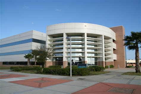 Erau Search File Embry Riddle Coa Jpg Wikimedia Commons