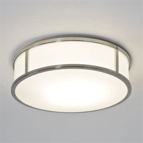 Lights Suitable For Bathrooms 1000 Ideas About Bathroom Ceiling Light On