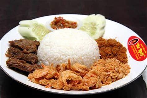 sambal bu rudy kuliner pedas khas surabaya camilancamilun