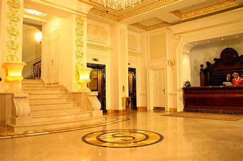stã ver treppen reception services at the savoy hotel in moscow