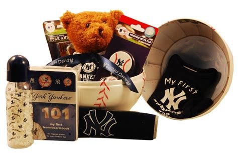 gifts for yankees fans 17 best images about gifts for new york yankees fans on