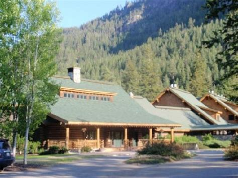 Freestone Inn Cabins by Rainbow Lodge Front Path Picture Of Freestone Inn