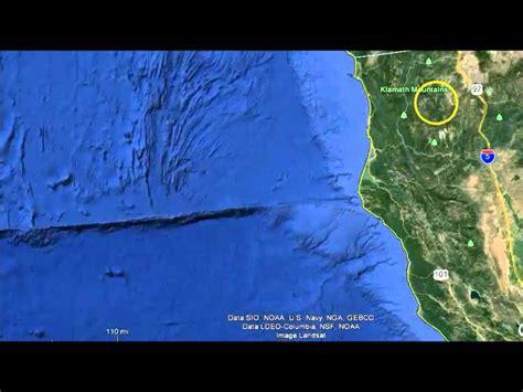 strange anomalies on earth strange underwater anomalies off oregon california coast