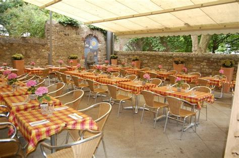 al cortile hofeingang picture of al cortile mainz tripadvisor