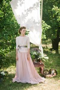 thin l shade non corset a silhouette a wedding dress in powder shade