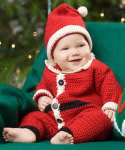 Infant santa suit amp hat crochet pattern red heart
