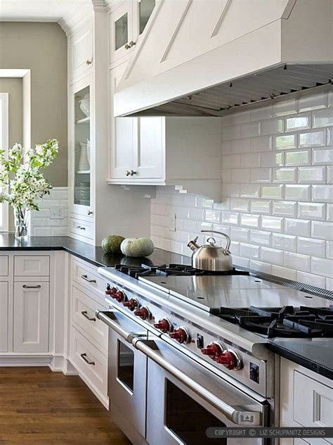 subway tiles for kitchen 1000 ideas about subway tile backsplash on pinterest