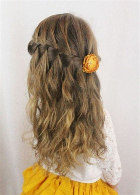 cascade haircut in 90s 17 best images about coiffures on pinterest coiffure