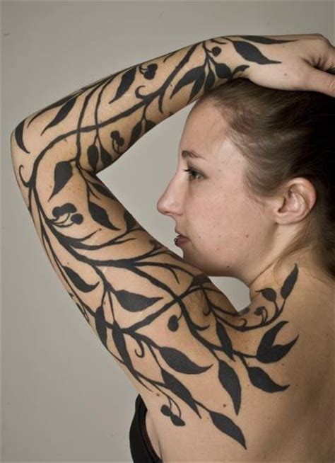 Arm Designs 5109 by Best 25 Negative Space Ideas On