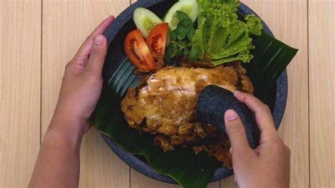 resep ayam geprek lada hitam   lidah