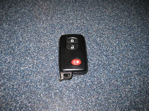 Toyota Prius Fob Battery Changing Battery In Prius Key Fob 2011 Autos Post
