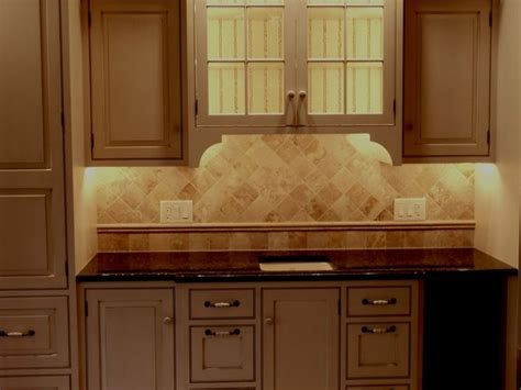 Travertine Kitchen Backsplash 1000 Ideas About Travertine Backsplash On Travertine Tile Backsplash Kitchen