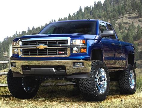 image gallery lifted chevy trucks 2015