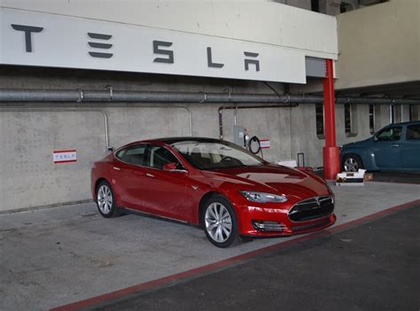 Does Tesla Test Tesla Model S Test Cars Loaners Discount