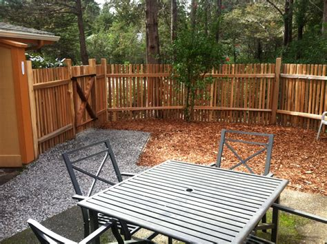 types of privacy fences for backyard types of privacy fences for backyard 28 images wood