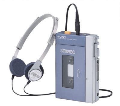 cassette player walkman sony killing walkman cassette player finally hothardware