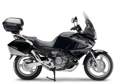 125 Motorrad Tourer by Honda Motorrad Bietet Sondermodelle 50 Jahre Edition Mit
