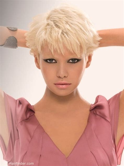 Short blonde hair with a textured fringe