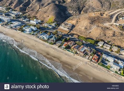 Publishers Clearing House En Espanol - aerial of beach houses along pacific coast highway in malibu stock photo royalty free