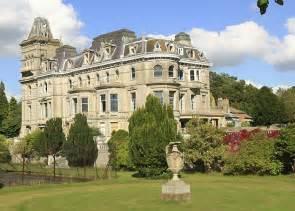 billionaire homes russian billionaire buys britain s priciest home in