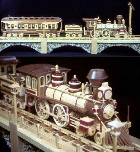 fs  iron horse train scroll  pattern