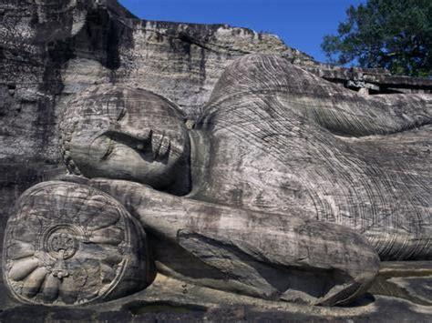reclining buddha sri lanka reclining buddha gal vihara polonnaruwa unesco world