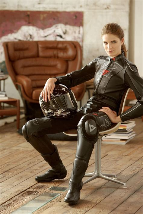motorcycle riding clothes ten reasons to date a woman who rides a motorcycle have