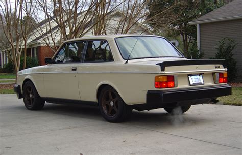 volvo 240 dl specs 1982 volvo 240 information and photos momentcar