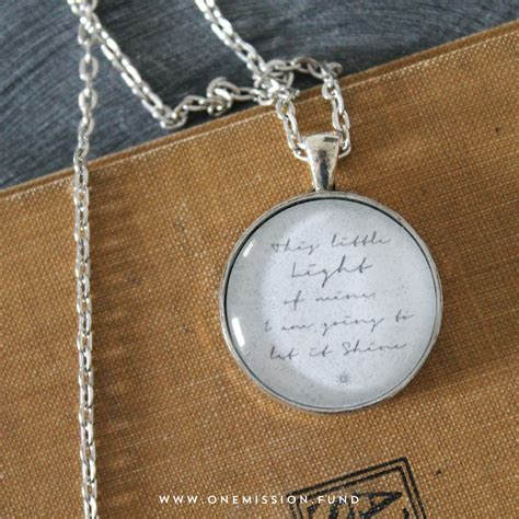 this light of mine glass pendant necklace