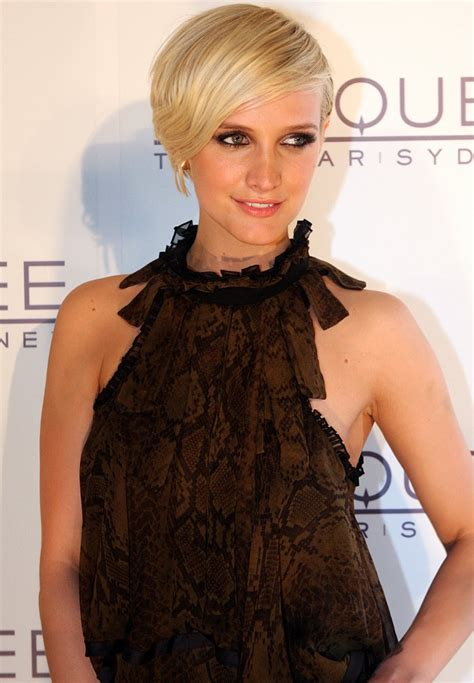What Does 500 Square Feet Look Like The Ashlee Simpson Show Star Selling Her New Los Angeles