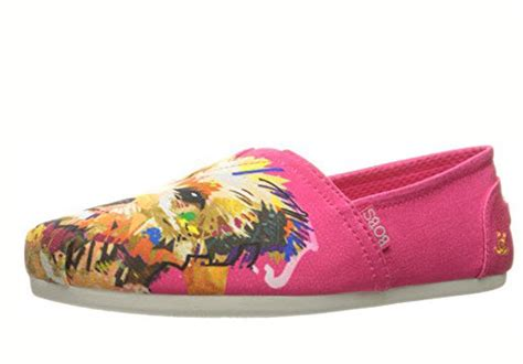 skechers bobs for dogs bobs from skechers s bobs for dogs plush slip on flat coralitos a