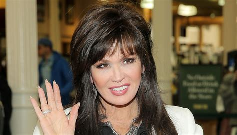 haircuts70yearsolds marie osmond hairstyles feathered layers marie osmond