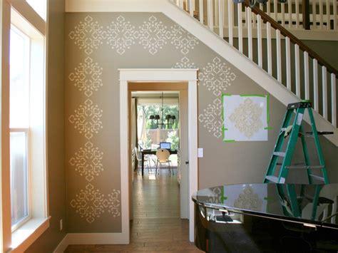 Wand Streichen Ideen Muster Flur by Wandmuster Selber Streichen Idee Mit Farbe Und Schablone