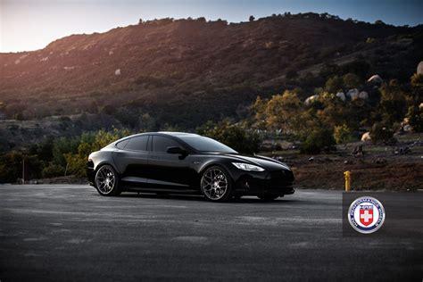Tesla With Rims Tesla Model S On Hre Wheels Autoevolution