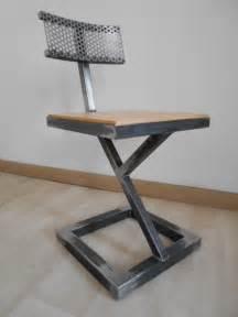 chaise bois et metal chaise design metal brut bois style industriel artisanal
