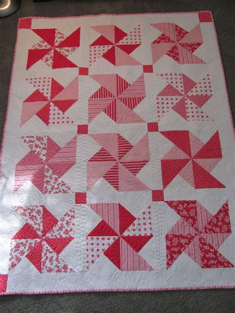 Pinwheel Patchwork - 25 best ideas about pinwheel quilt on