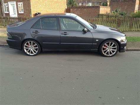 lexus sport 4 door 2002 lexus is200 sport petrol manual black 4 door saloon