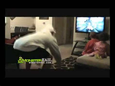cutting head games online poor girls head almost cut off her body by dad playing a