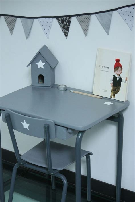 bureau en bois pour enfant les 25 meilleures id 233 es de la cat 233 gorie bureau ecolier sur