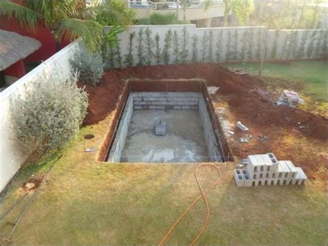 How To Build A Pool In Your Backyard Cheap Way To Build Your Own Swimming Pool Home Design Garden Architecture Magazine