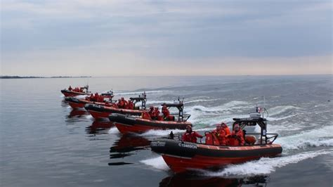 canadian coast guard boats wanted inuit students to staff canada s 1st arctic rescue