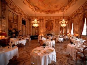 World Wide Chandeliers Most Expensive Restaurants In The World Business Insider
