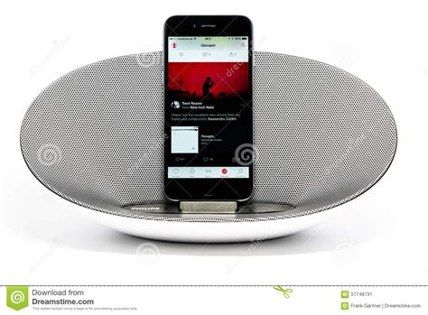 Speaker Alcatroz Portable X Audio 2 1 Reflect Bass Biru iphone 6 with loudspeaker apple editorial photo image 57748731