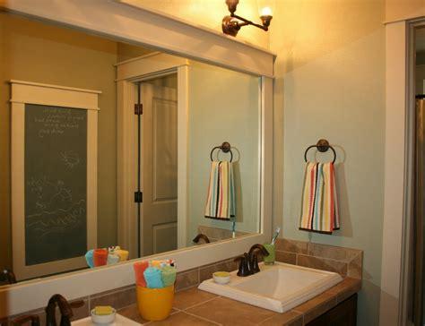 bathroom mirror ideas in varied bathrooms worth to try