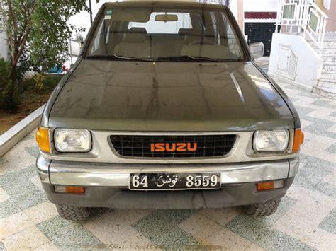 voiture isuzu 4 portes a vendre en tunisie voitures
