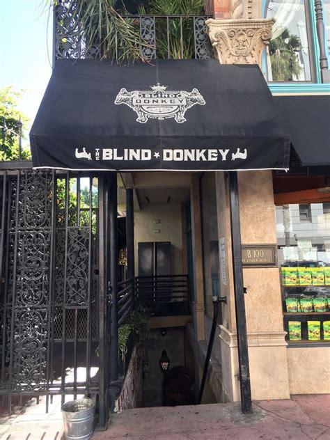 The Blind Donkey 10 бара от филмите които можете да посетите в реалния живот