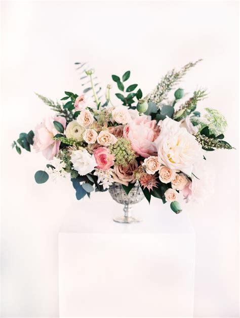 Table Flower Arrangements by 25 Best Ideas About Large Flower Arrangements On