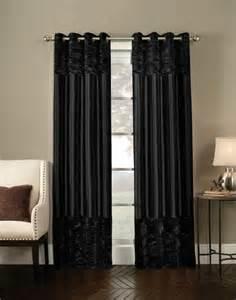 White And Beige Curtains Cortinas De Ba 241 O Negras Dikidu Com