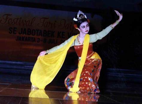 kekayaan budaya indonesia rindi ardi